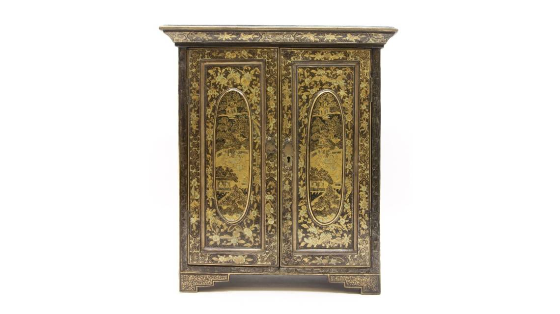 Chinese jewellery boxes are the ultimate in luxury with their black lacquer chinoiserie work and gilding.