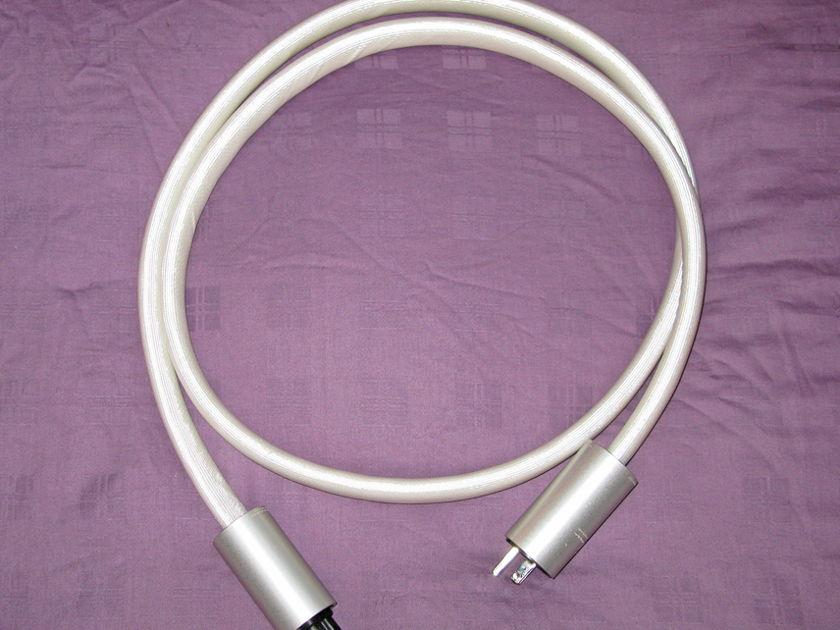 Argento Audio  2M FLOW AC cable - 15 amp