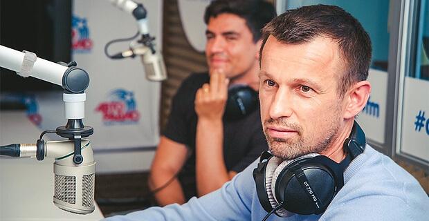 На радиостанциях ГПМ Радио в Санкт-Петербурге прошел футбольный марафон в честь победы «Зенита» в Чемпионате России - Новости радио OnAir.ru