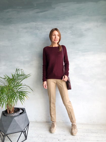 Шерстяной свитер винного цвета