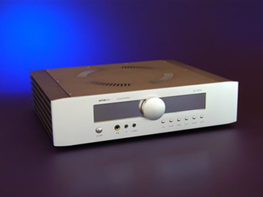"Astin Trew of Britain AT-2000  Hybrid Integrated Amp ""Class A"""