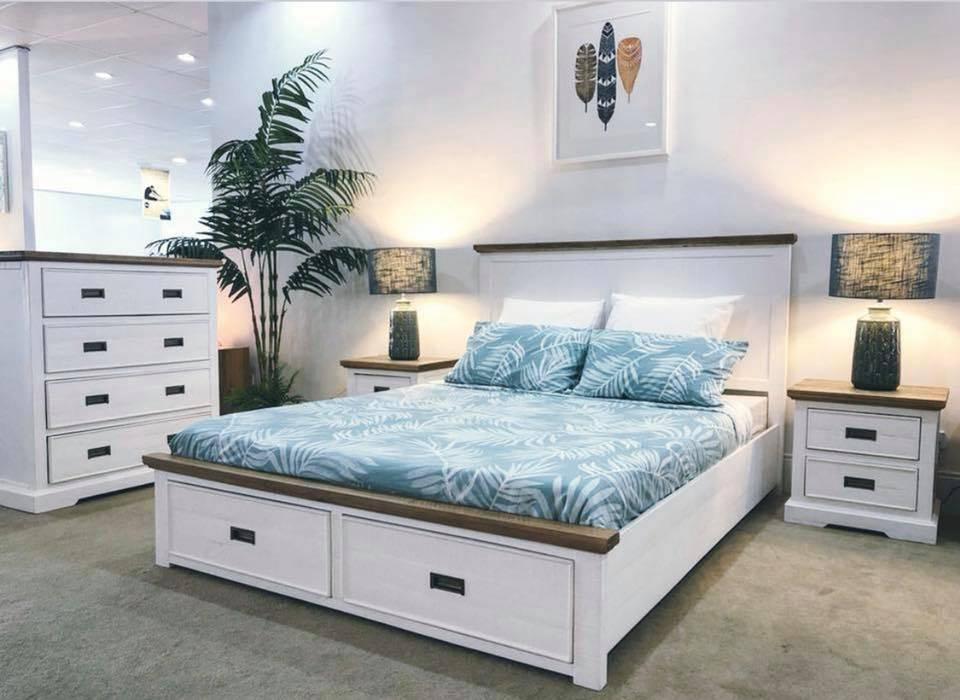 Hamptons bedroom suite