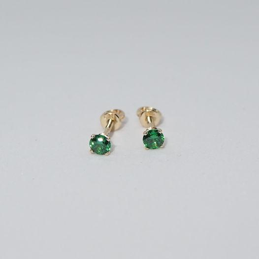 Золотые серьги с зелеными фианитами