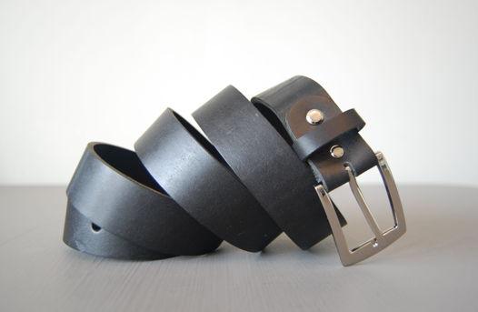 Кожаный черный ремень Medium