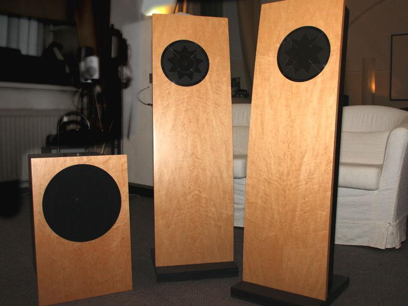 Manger Swing + Subsonice speaker system