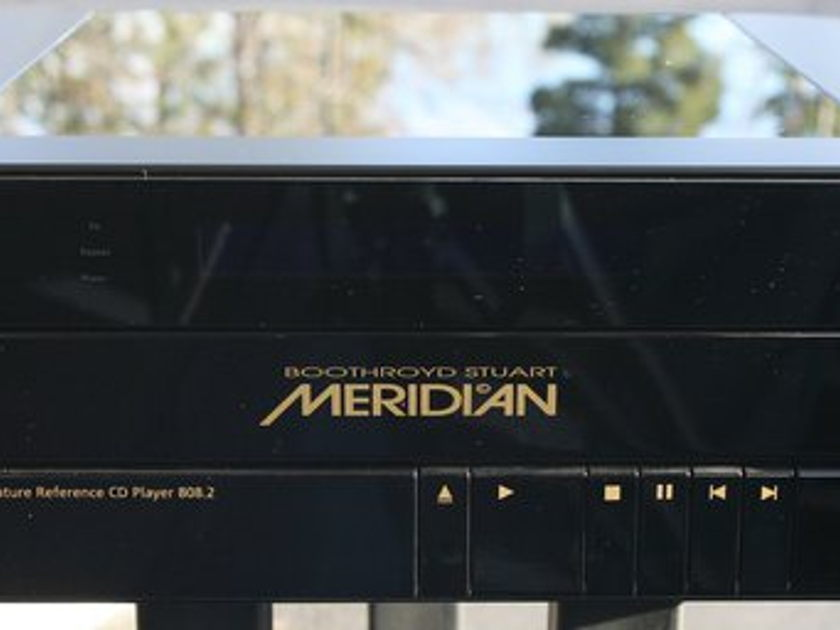 Meridian 808.2i  Ref CD Player with dig in's