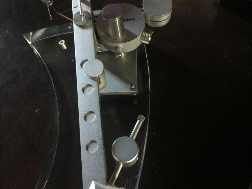 Dynavector DV-05 biaxial arm