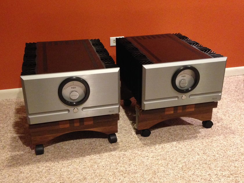 Pass Labs XA-200.8 Pure Class A Monoblock Amplifiers In Like New Condition