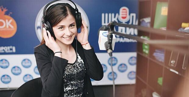 «Будь как Комолов»: Школа радио в Омске объявила набор студентов - Новости радио OnAir.ru