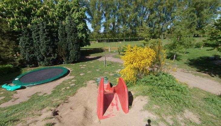 hof elverich rutsche und trampolin
