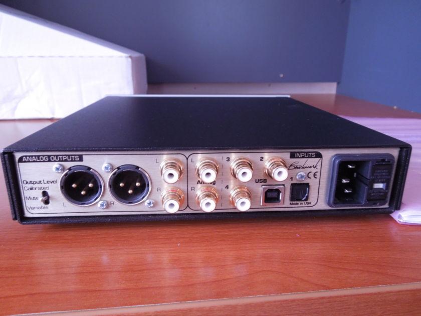 Benchmark DAC1 PRE