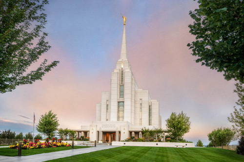Angled picture of the Rexburg temple and grounds.