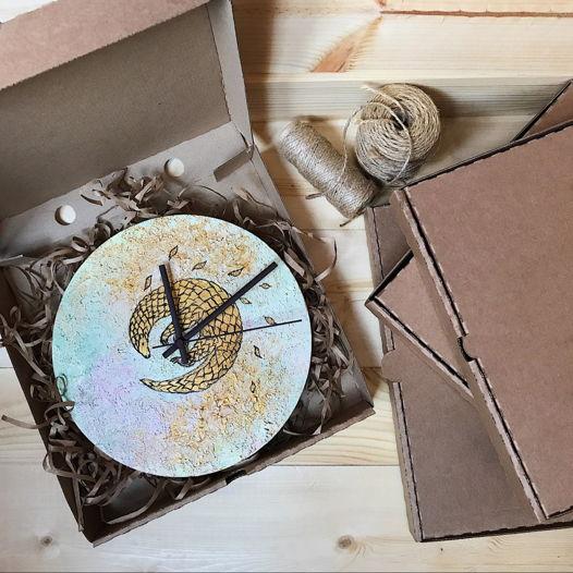 Панголин, часы настенные