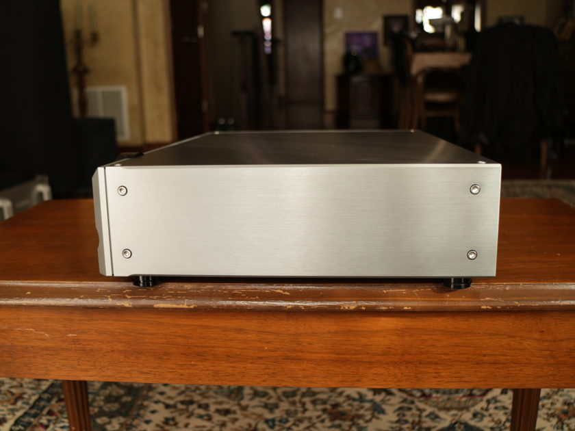 Pass Labs XP-10 Preamp