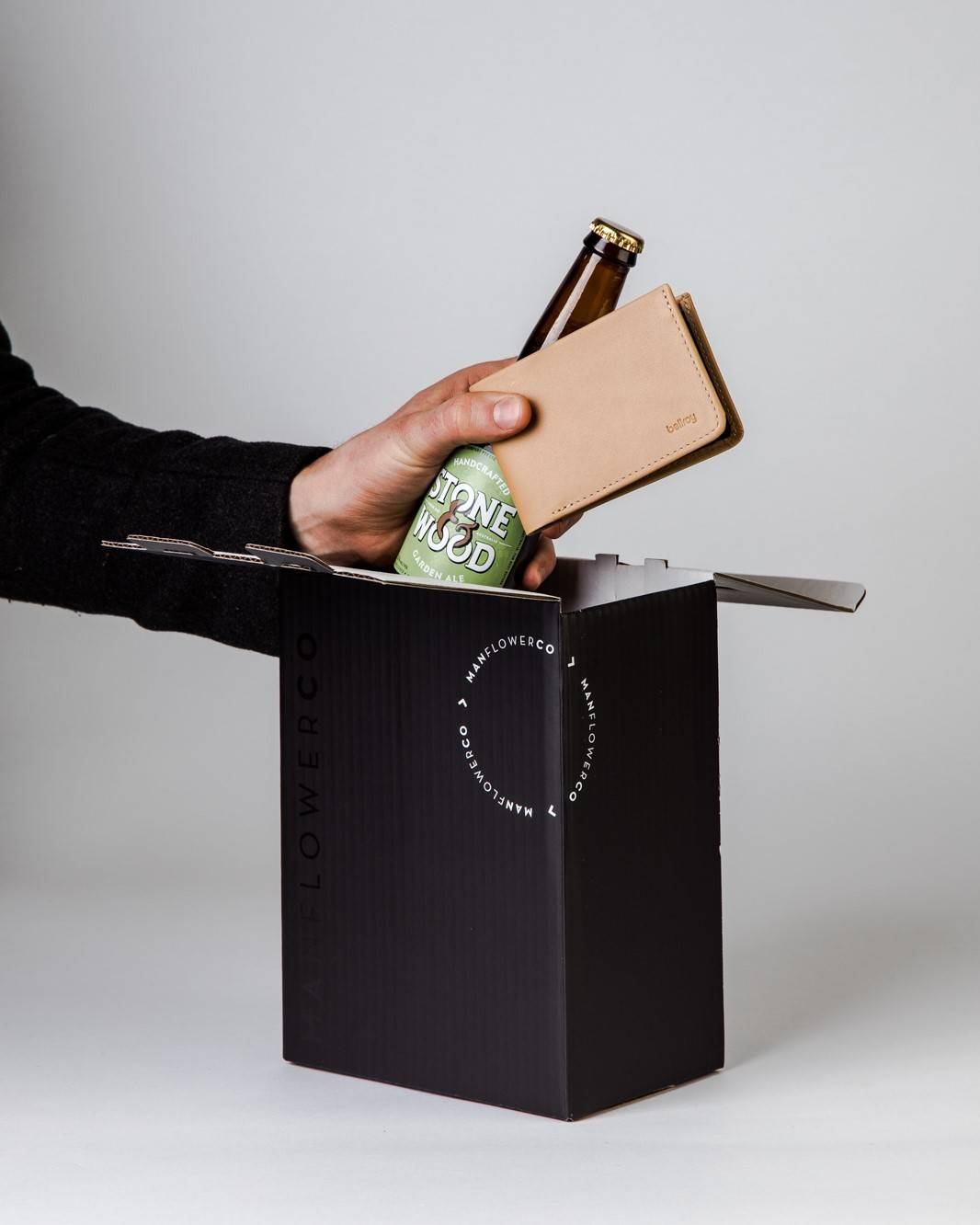 Bellroy The Low + Beer, part of Manflower Co's range of Father's Day Gifts.