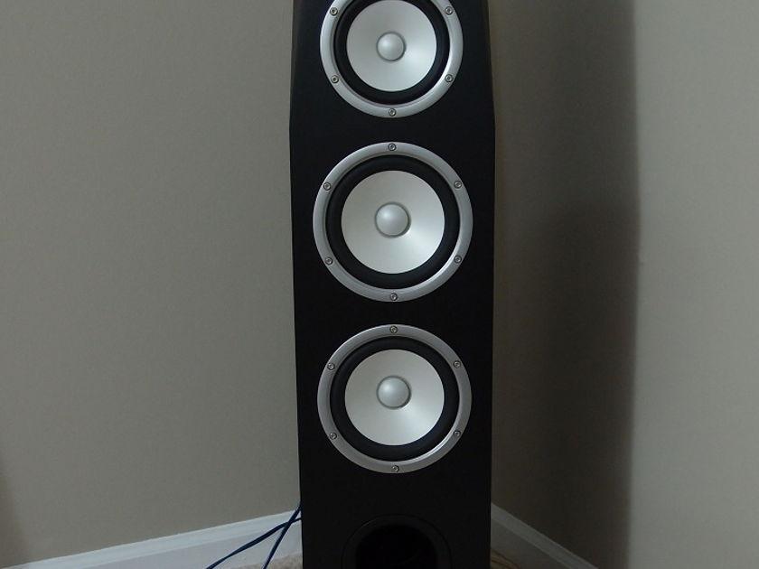LIKE NEW Yamaha Soavo-1  Floorstanding Speaker - 5 Months old