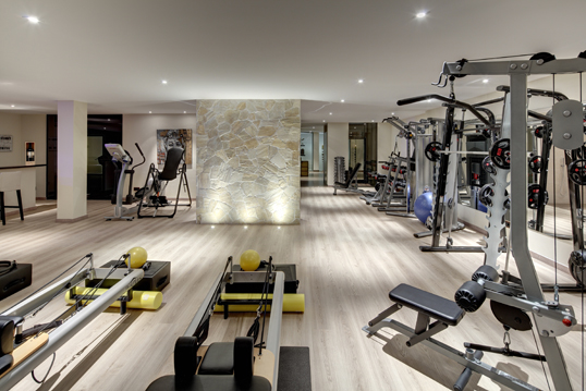 Velden am Wörthersee - Transform your basement space into a world-beating home gym with these 5 simple tips.
