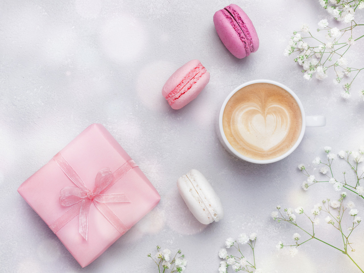 Enchant your loved ones with homemade macarons