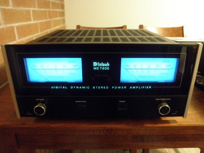 McIntosh MC7200 Power Amplifier
