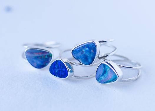 Серебряное кольцо с натуральным Австралийским опалом