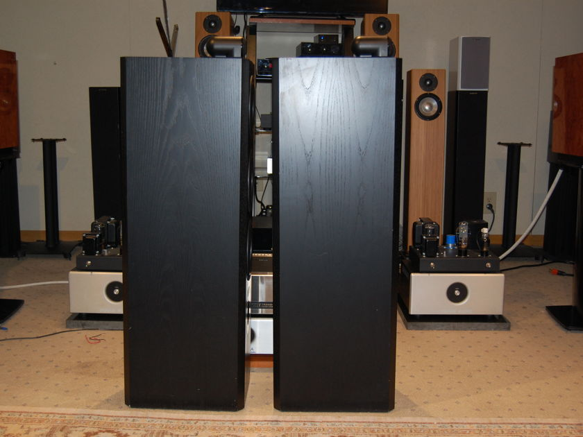 Bower and Wilkins BW 803 Series ll Matrix Loudspeakers
