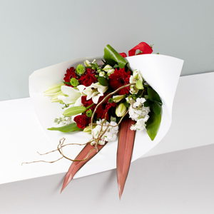 Valentine's Hand Tied Bouquet