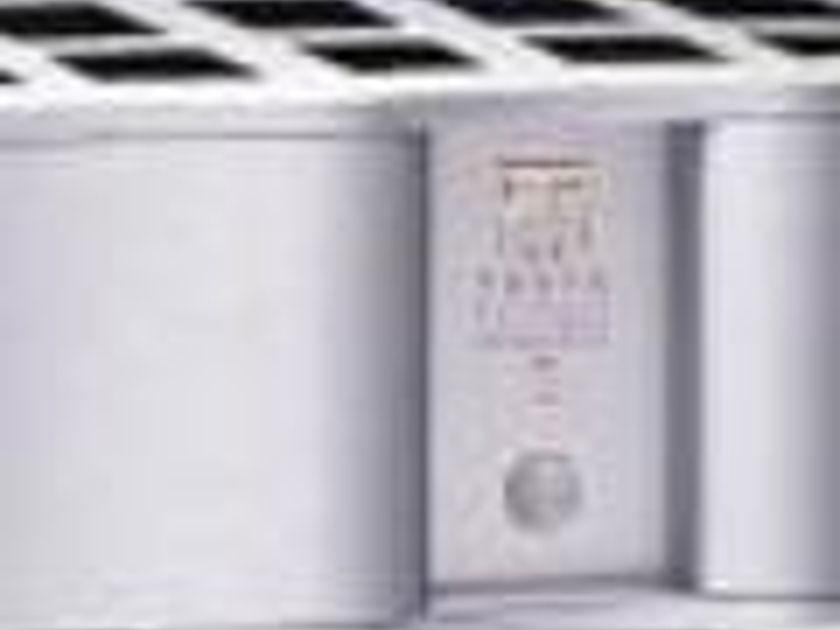 Theta Digital Intrepid 5 x 100 W Balanced Amplifier