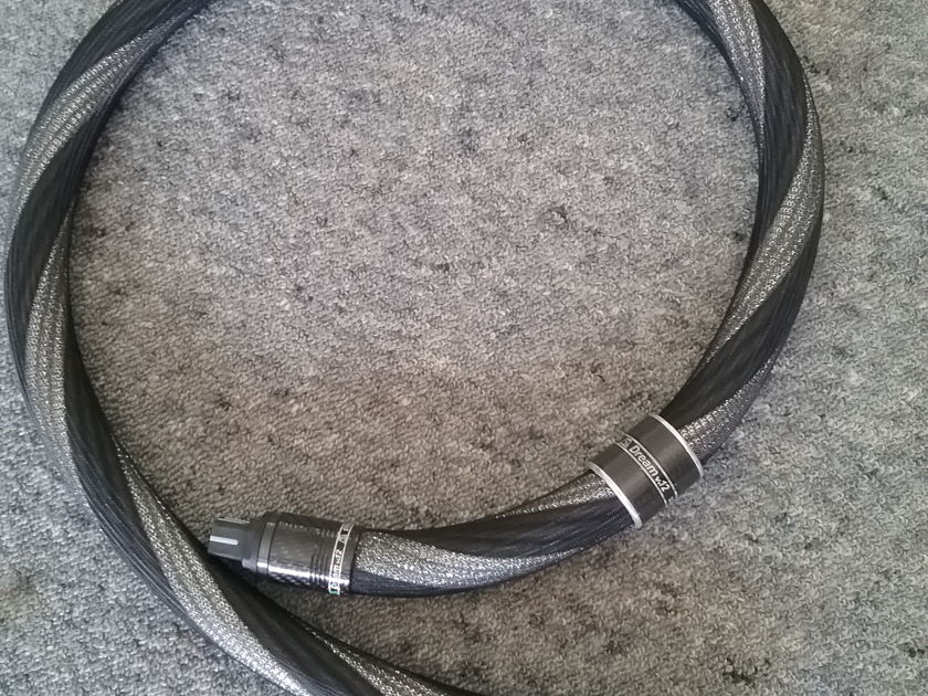 Stealth Audio Cables V12 Powercord