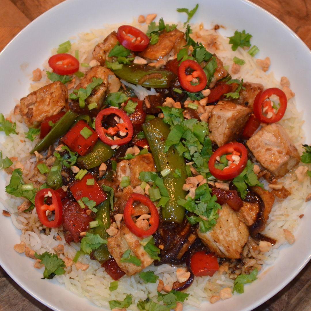 Date: 20 Jun 2020 (Sat) 147th Main: Black Pepper Tofu & Veggies with Garlic Rice [392] [163.1%] [Score: 10.0] Cuisine: Asian Dish Type: Main