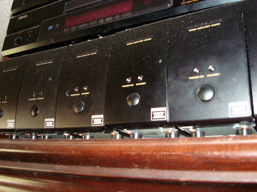5  Marantz MA-500 mono amps,  125 RMS Watts each. Perfect Sound / very good looks. Will sell separately.