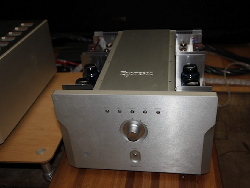 Esoteric A-100 KT-88 Tube Amplifier