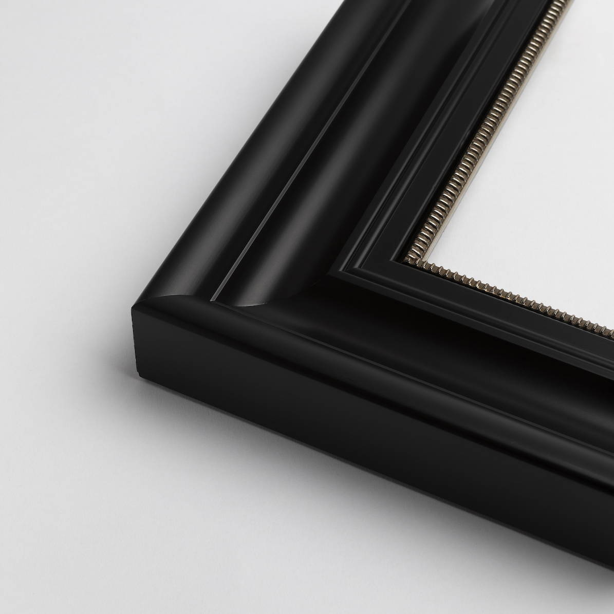 TV-Mirror Contemporary Black Frame with Pattern Inner by FRAMING TO A T