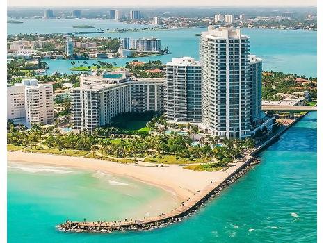 Miami's Bal Harbour Ritz Retreat