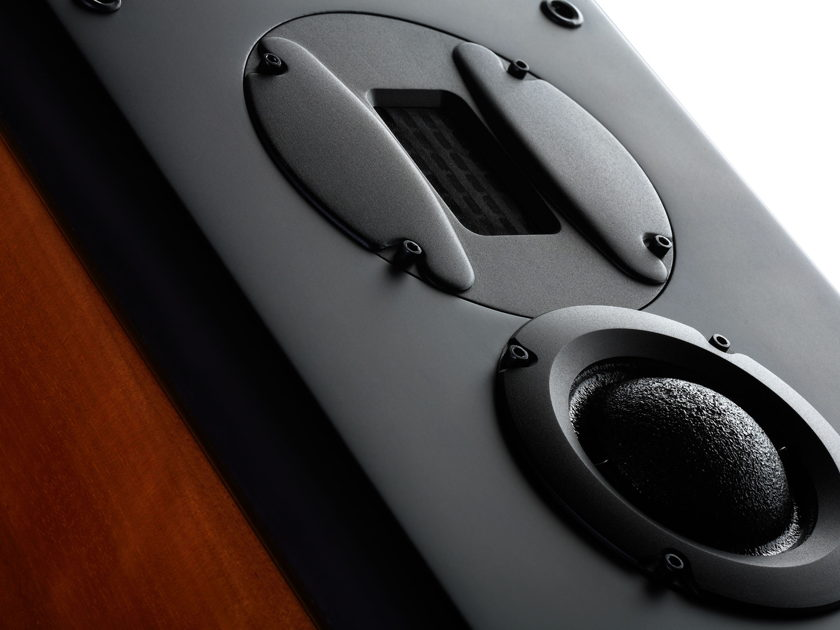 HiVi / Swans Speaker Systems M6 Home Theater