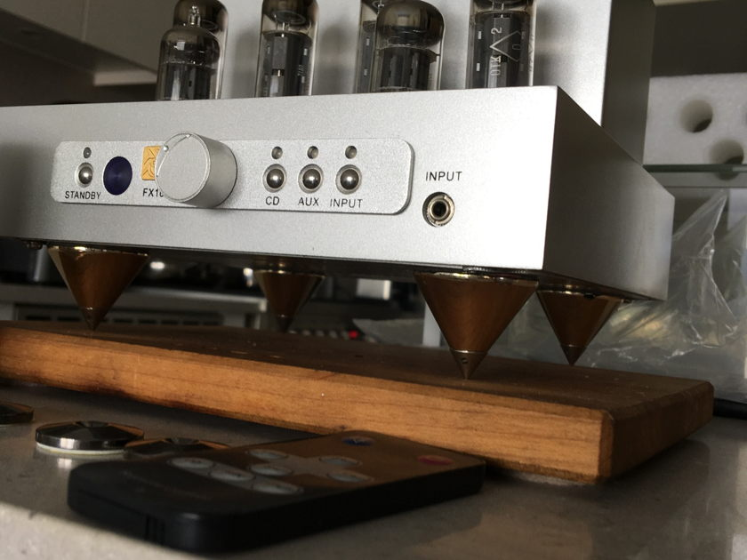 Jolida FX-10 Integrated Amplifier w/Extras!(New Price)