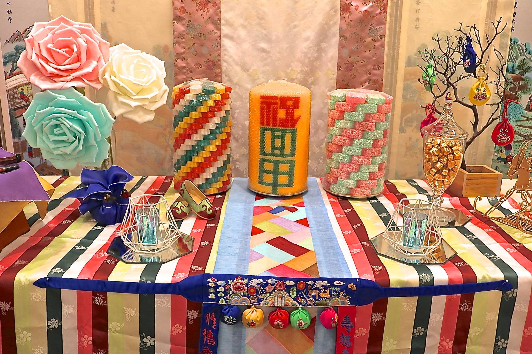 DOL TABLE SETTING FOR BABY'S FIRST YEAR BIRTHDAY