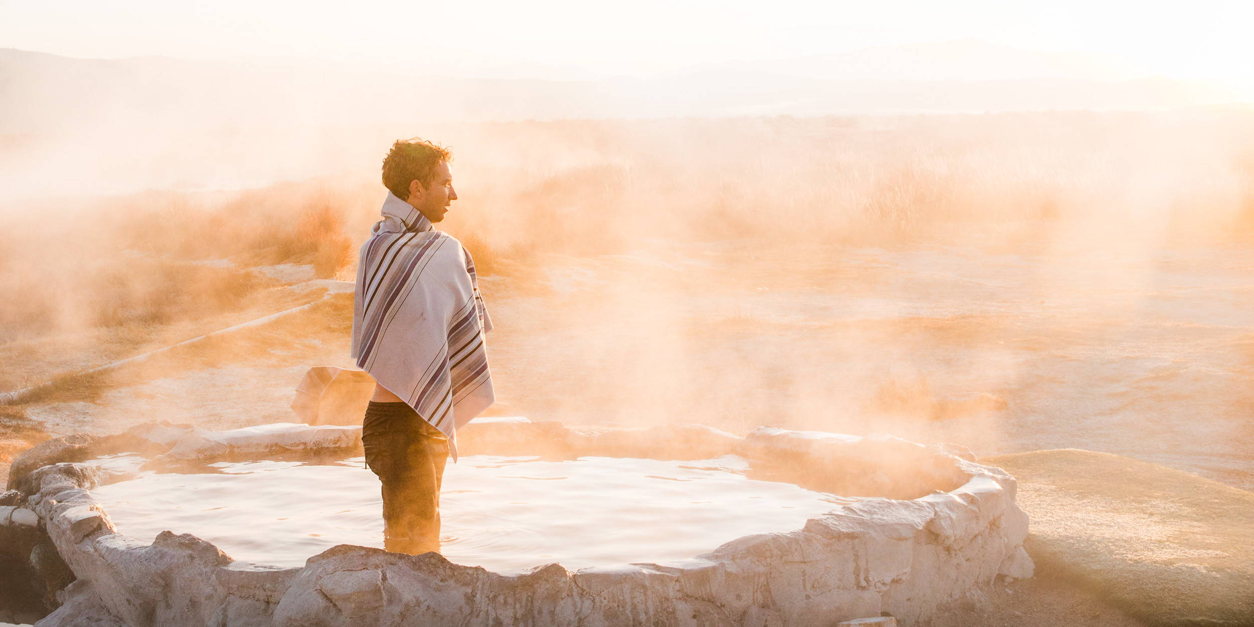 Lightweight travel towel for hot springs