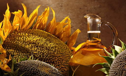 Helichrysum Oil  Based on cold-pressed sunflower oil