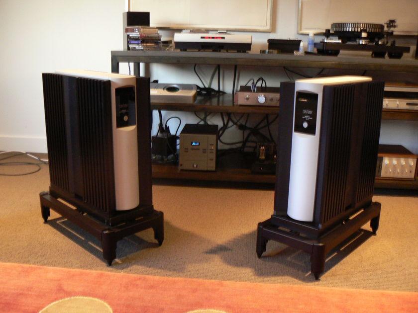 Levinson No. 53 Mono Amplifiers