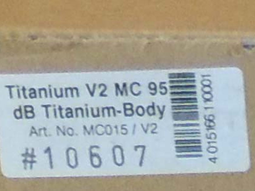 "Clearaudio Titanium V2 MC Cartridge , ""Steal"" This Cartridge! Brand New in Box! Warranty"
