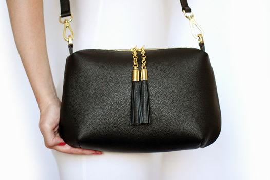 Черная кожаная сумка Ivy (золотистая фурнитура)