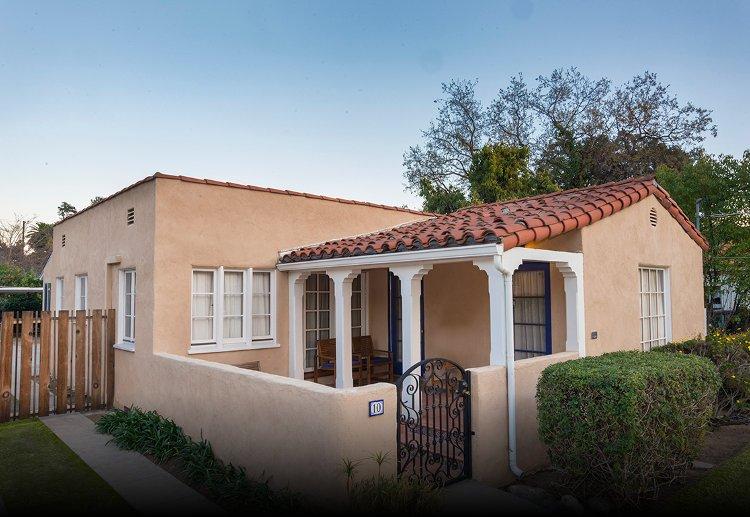 Spanish bungalow, Pasadena