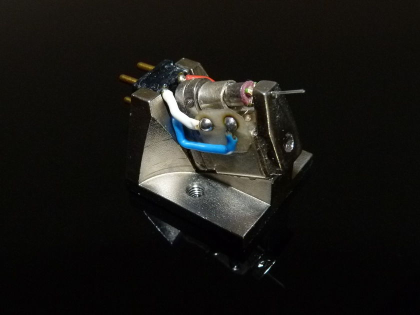 Van Den Hul Grasshopper III XGM rare diamond cantilever top notch cartridge