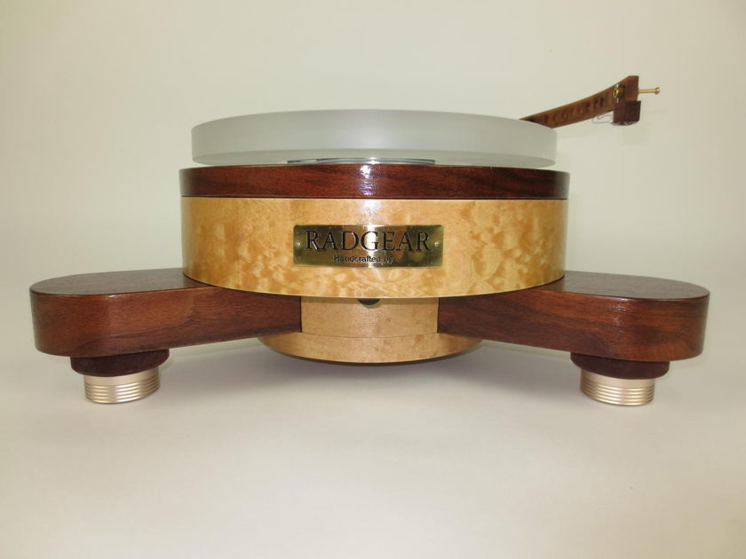 RGTT Master Spherical plinth with Tri Art Audio TA2 tonearm The Sound of Turntable Artistry !