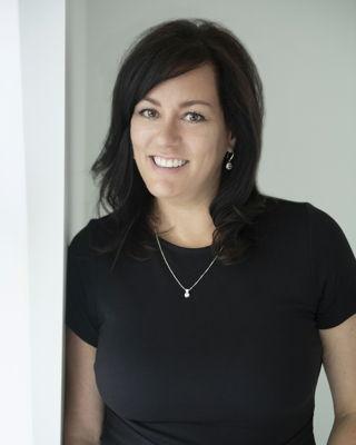 Sylvie Nuckle