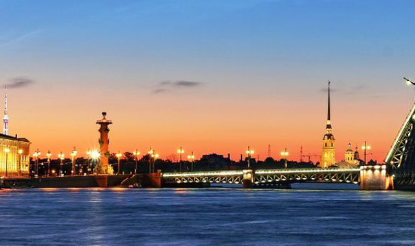 Ночная экскурсия по Петербургу на Toyota Camry