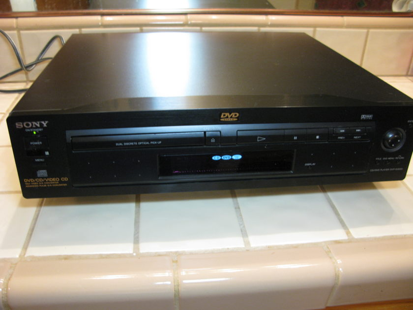 Sony DVP-S3000 DVD CD player, Last Steel Chassis