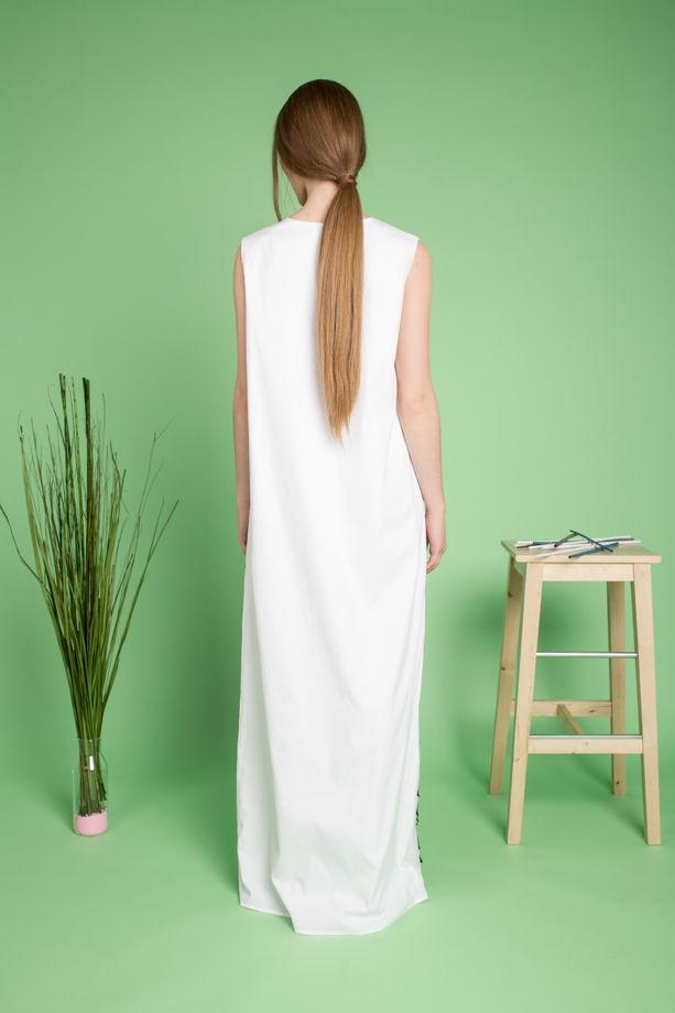 Платье с тюльпанами