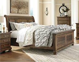 Flynnter Sleigh Bedroom