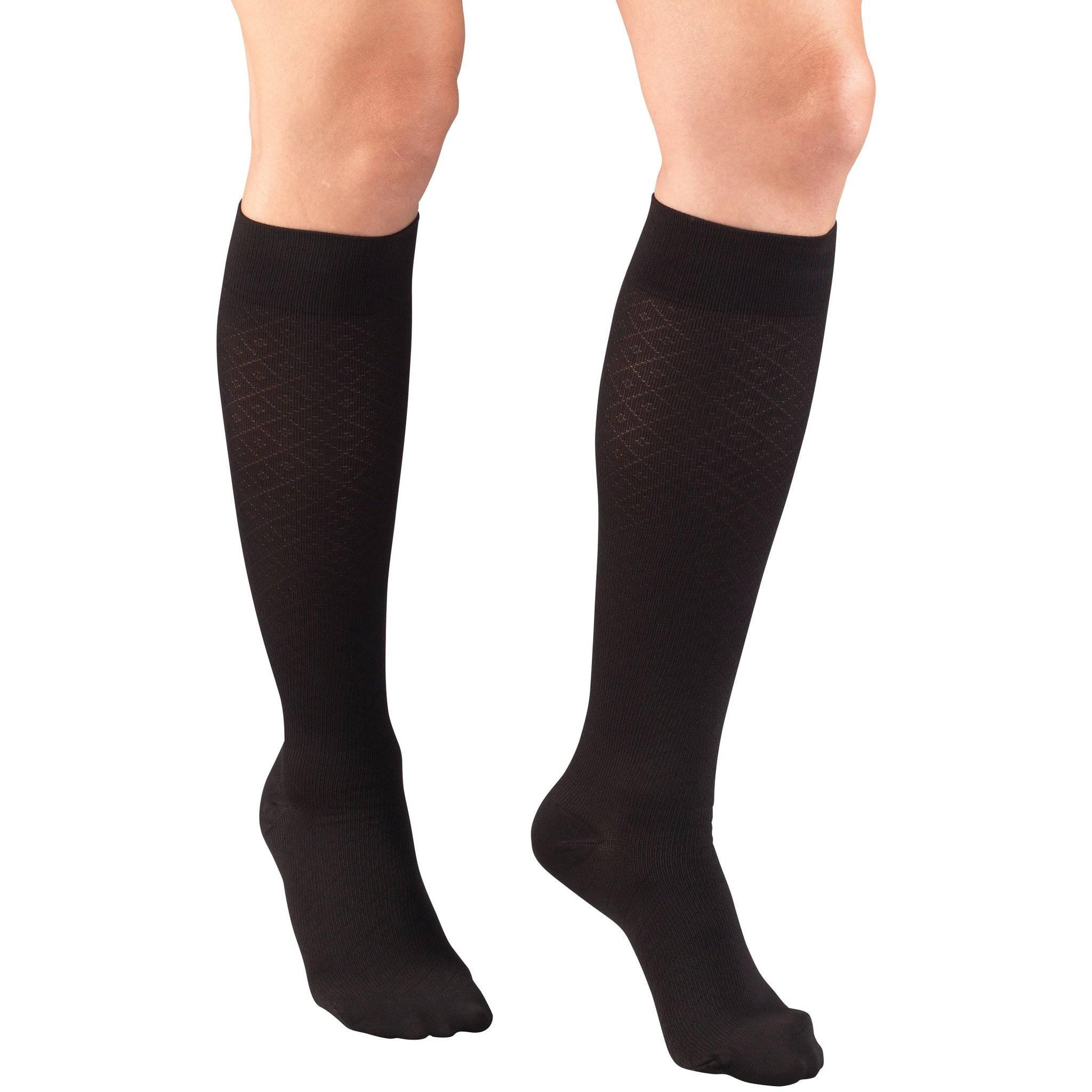 Ladies' Knee High Diamond Pattern Socks